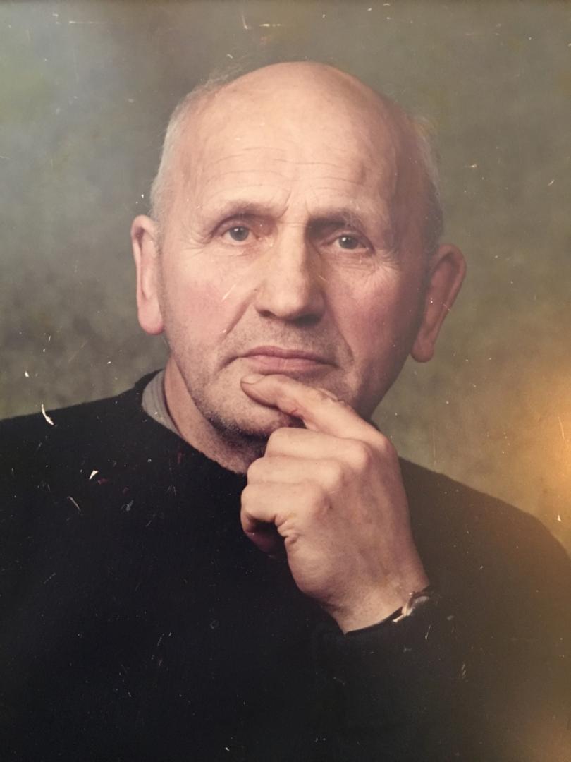 Man's face custom oil portrait img_11